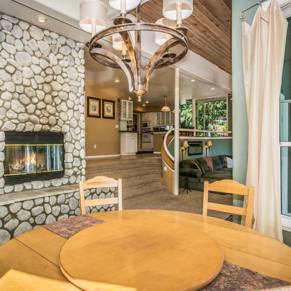 27084 Teakwood Ct~Lake Arrowhead