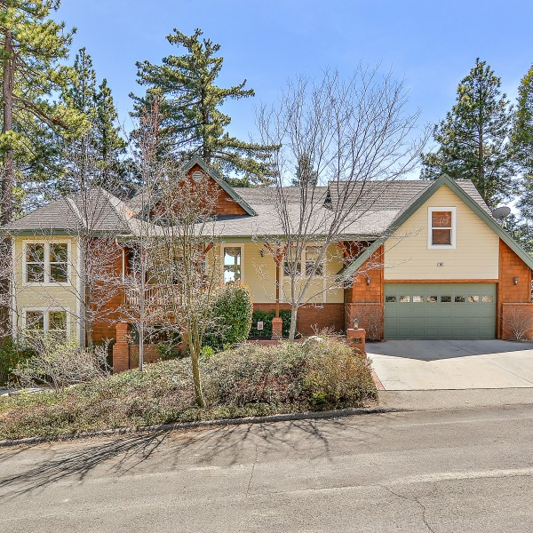 165 Chipmunk Dr, Lake Arrowhead