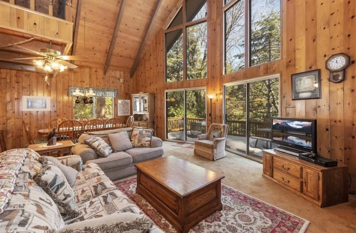 443 Brentwood Dr~Lake Arrowhead