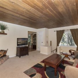 27875 Rainbow Dr.~ Lake Arrowhead