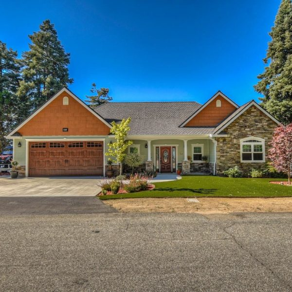 28741  Sycamore Dr~Sky Forest