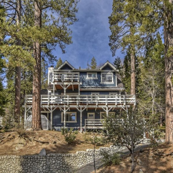 27313 Pinewood~ Lake Arrowhead